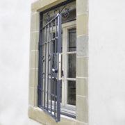 Grille ouvrante fenêtre